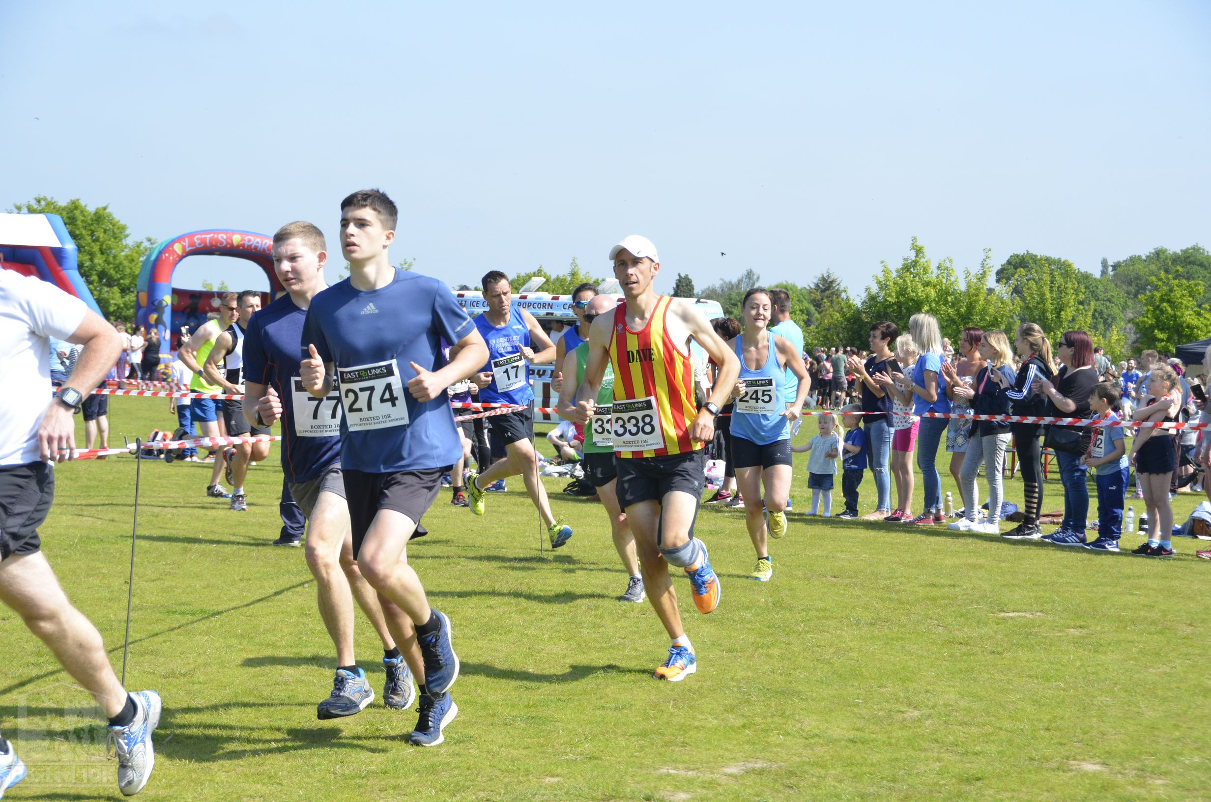 Boxted10k-00037