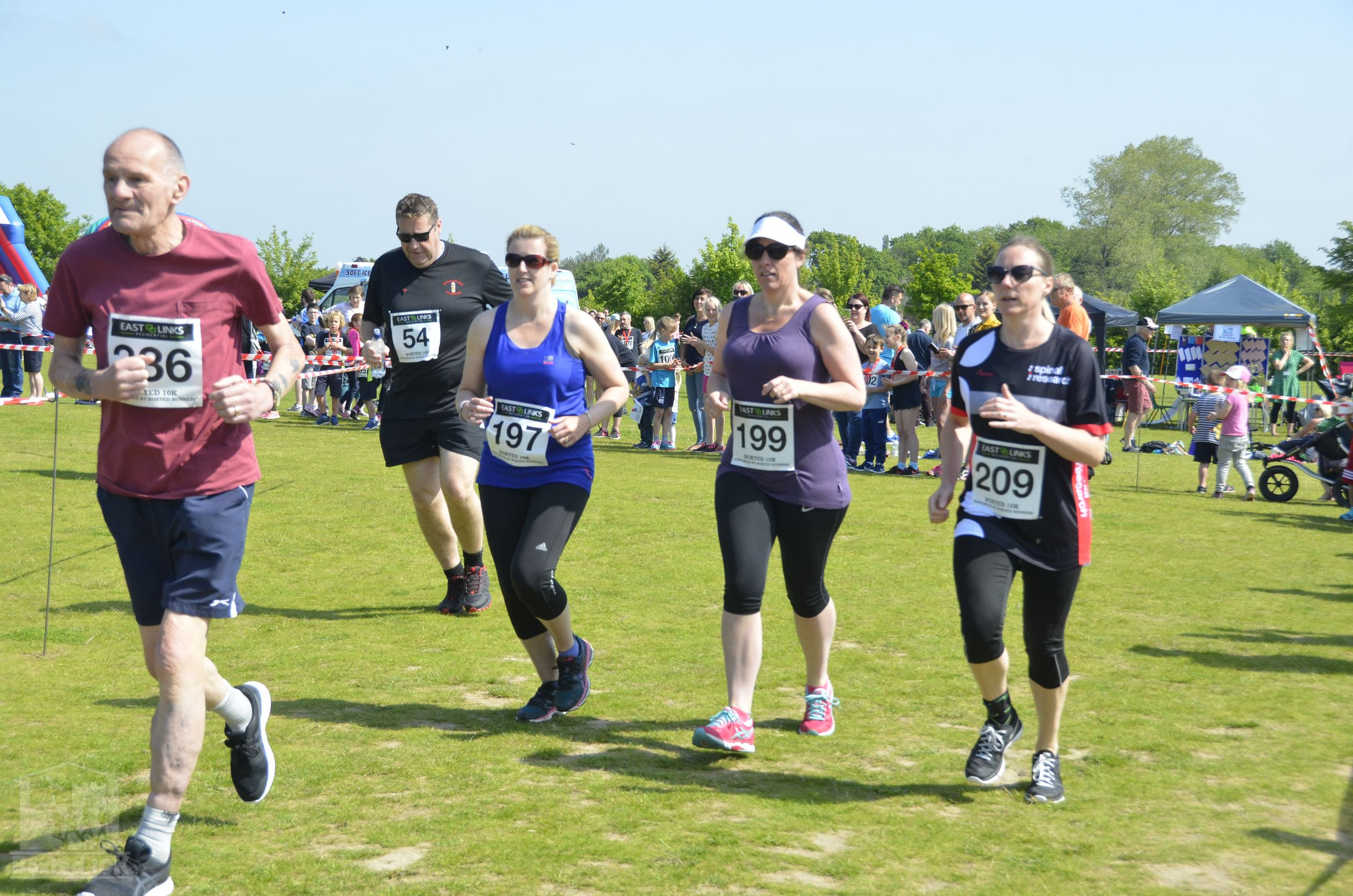 Boxted10k-00095