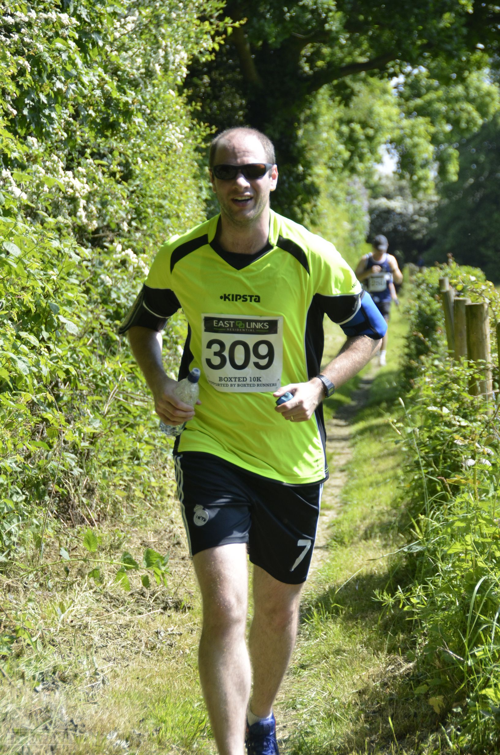 Boxted10k-00232
