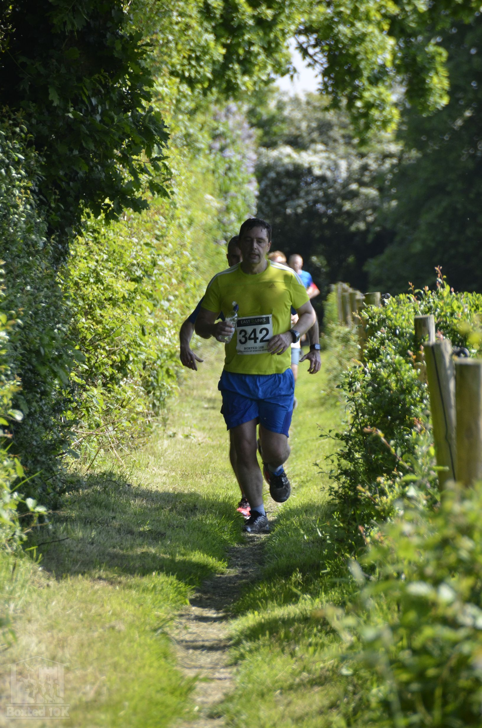 Boxted10k-00237
