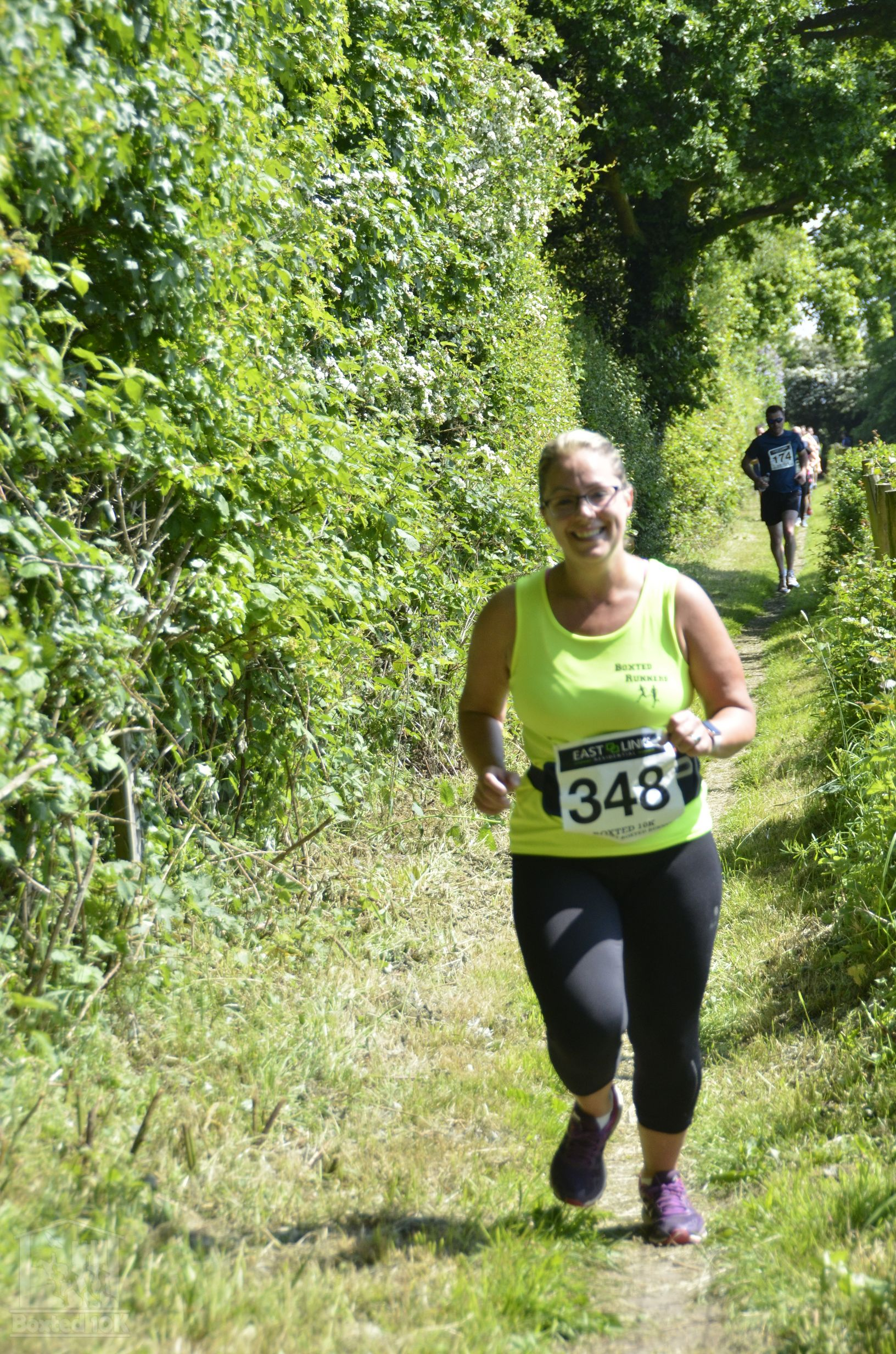 Boxted10k-00264